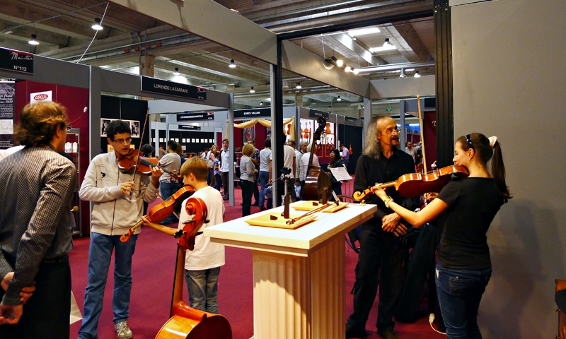 cremona musica international exhibitions